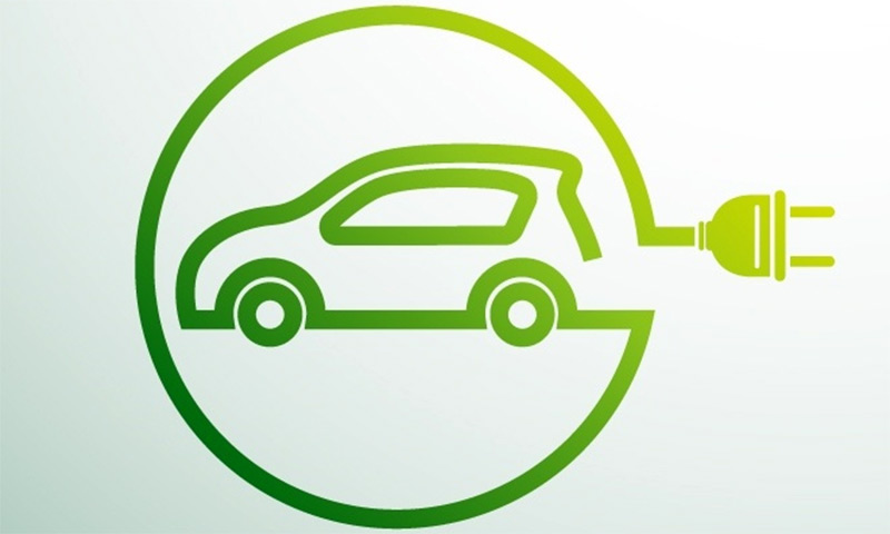 Electric/hybrid vehicle servicing